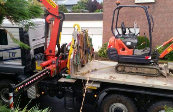 Minibaggerarbeiten und Container Arbeiten am Haus oder im